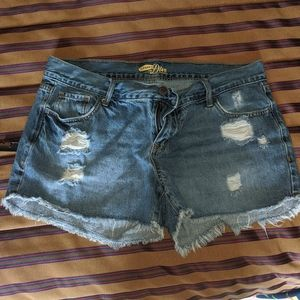 "Old Navy ""The Diva"" Cut Off shorts Size 6 Regular"